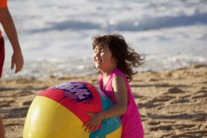 Top Tips for Preparing Your Child for the Sensory Experiences of the Beach – Part 1